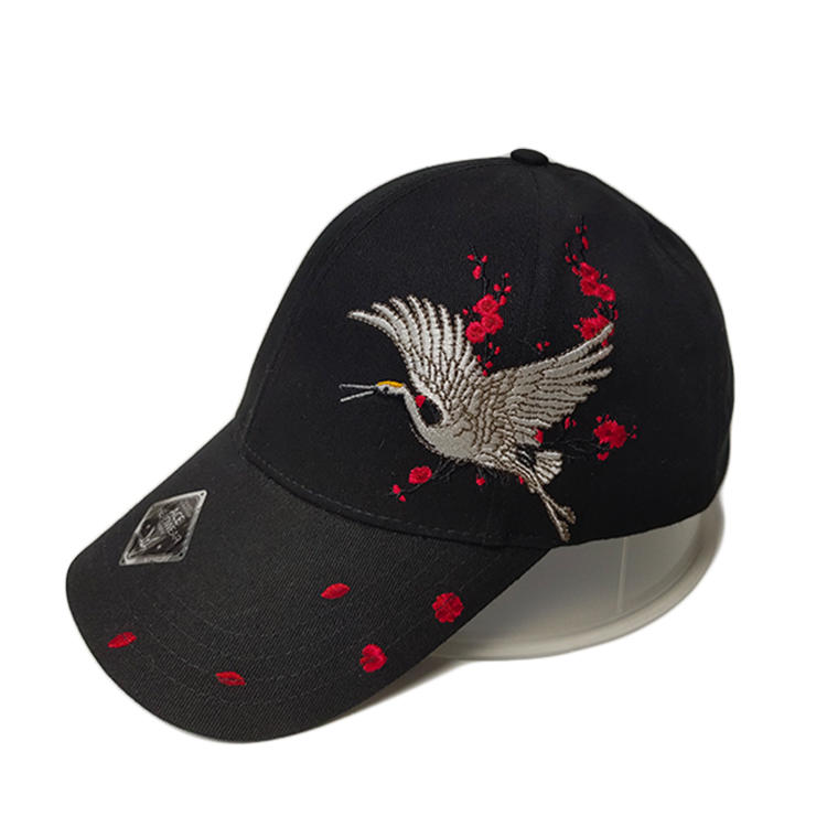 Chinese Style Design Black 6 Panel Crane Logo Flat Embroidery Baseball Caps Hats