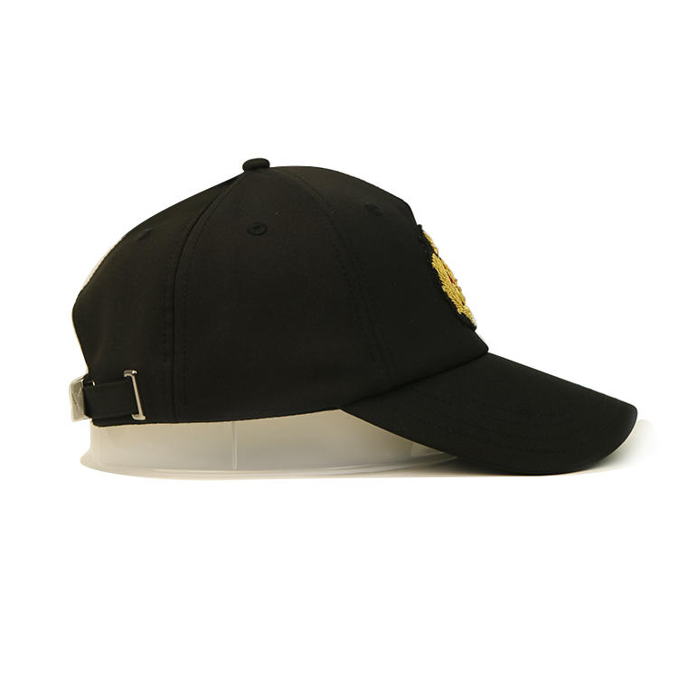 Fashionable Customize Design Black Decorative Embroidery Logo 6 Panel Baseball Sports Caps Hats