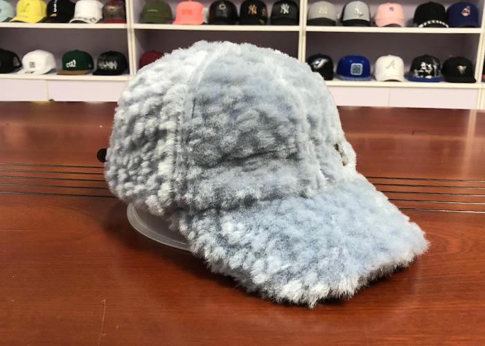Wholesale Unisex Plush Baseball Caps Sky Blue  Caps Autumn And Winter Fashion Warm Hats