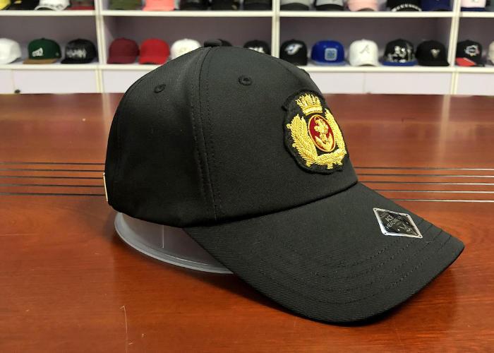 Wholesale Custom Logo Cap Metal Badge Blank Dad Hat Plain Curved Brim Baseball Cap