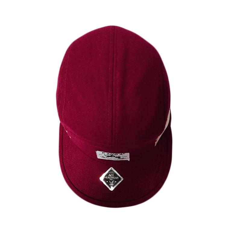 Factory Price Custom Unisex Rose red woven label Logo Flat Brim Visor Snapback 5 panel Camp Hats Caps