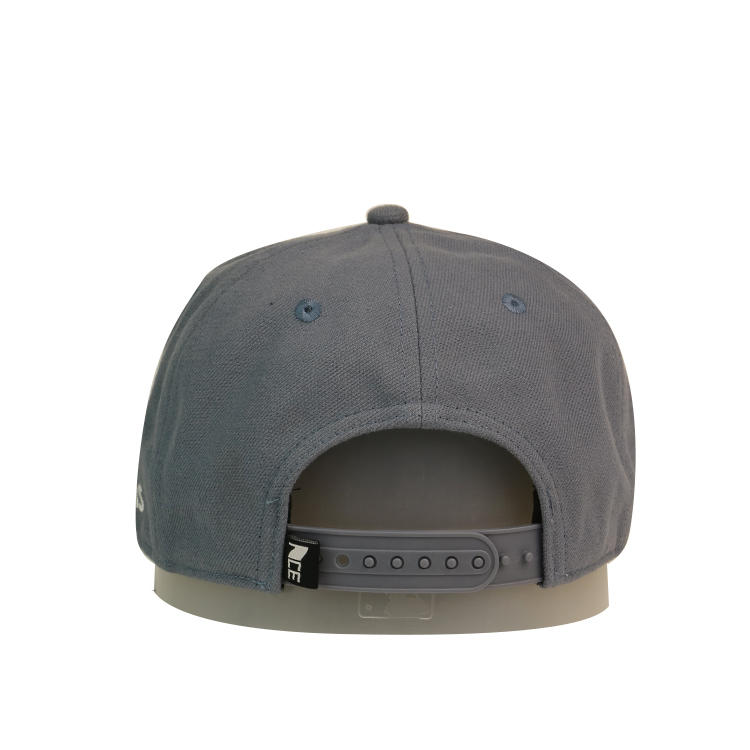 New Fashion Men Womens Casual Baseball Grey Eye Embroidery Cap Hip Hop Hats Curved Brim Caps