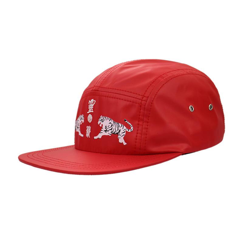 Wholesale Red 5 Panel Pringting Tiger Snapback Caps